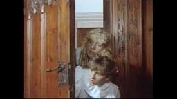 Insatiable Janine - Die Liebesschule der Josefine Mutzenbacher (1987)